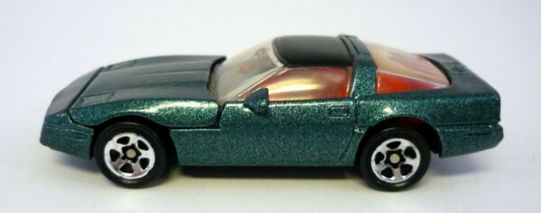 HOT WHEELS CHEVROLET CORVETTE Mattel Die Cast Green With Opening Hood 1:64