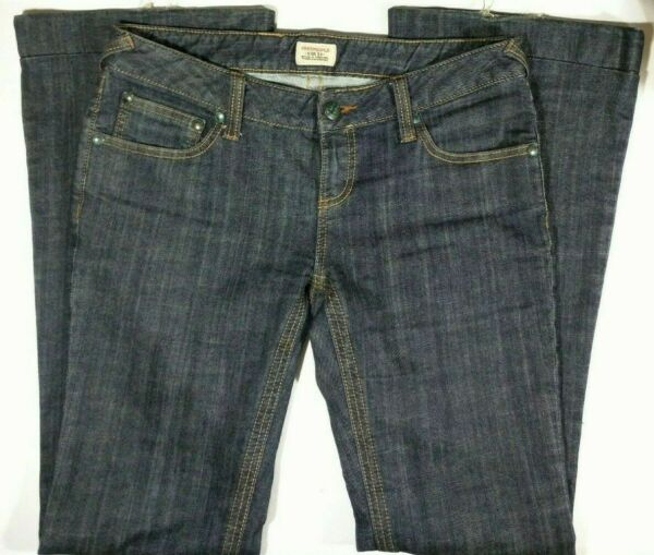 Free People Women's Low-Rise Bell-Bottom 5 Pocket Stretch Denim- Hong Kong-Sz 28
