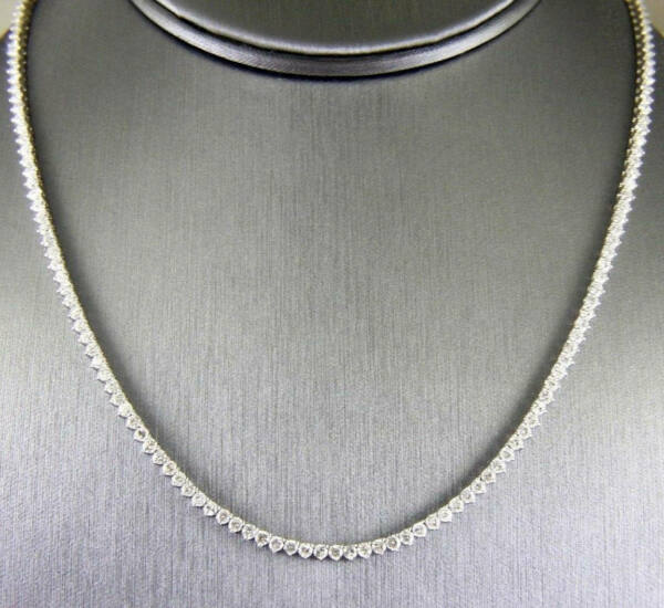Fine Round Cut Graduated Diamond Lady's Tennis Necklace 18K White Gold 6.33Ct