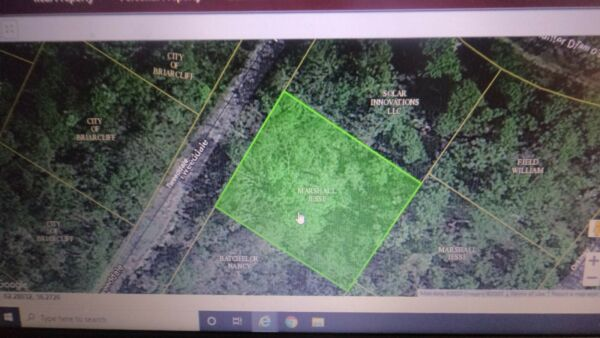 9919 sq feet (.2277 acre) Briarcliff, AR- 1 mile to Norfork Lake POWER CLOSE BY