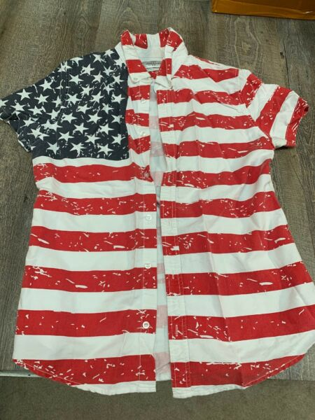 YOUR NEIGHBORS American Flag Short Sleeved Button Shirt America SIZE Medium MENS