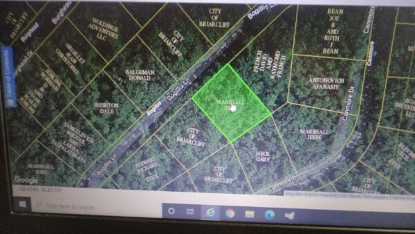 10364 sq feet (.2379 acre) Briarcliff, AR- HALF mile to Norfork Lake POWER CLOSE