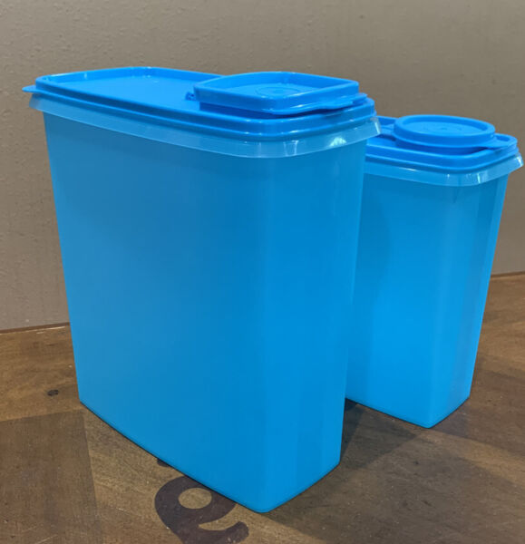 NEW TUPPERWARE CEREAL STORERS CONTAINERS SET- WITH SEALS-BLUE COLOR