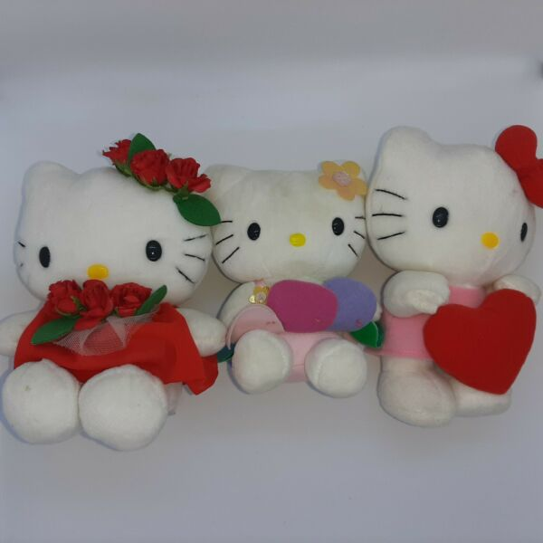 Hello Kitty plushes by Sanrio Lot of 3 Approx. 7quot;