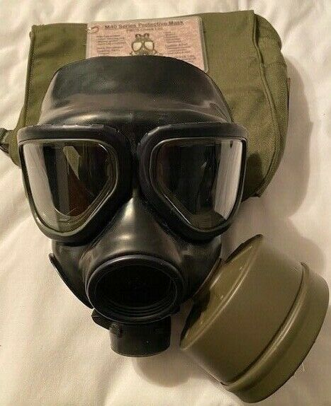 M40 GAS MASK SMALL CARRIER 40mm FILTER**Cyber Week Sale** $149.99