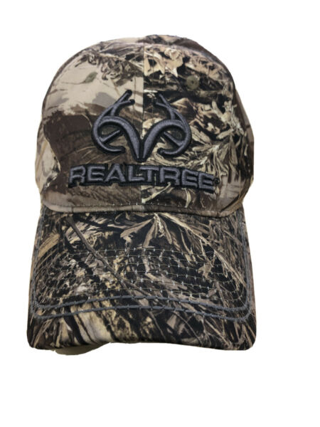Realtree Camo Outdoor Cap S M Stretch Fit Hat