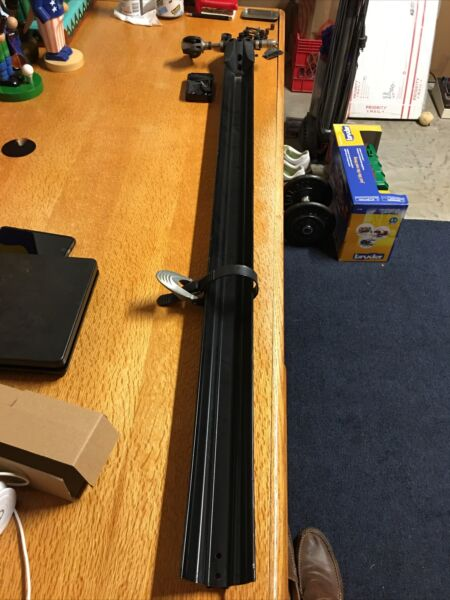 Thule Bike Roof Rack single. $45.00