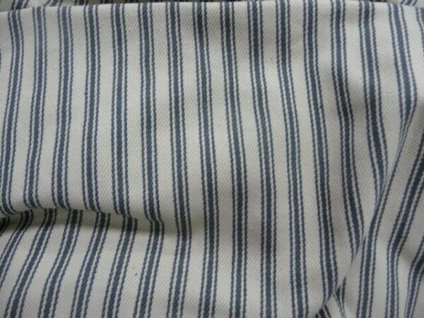Pottery Barn Charleston Ottoman Slipcover Blue ticking stripe 26x38x15quot; READ DES $89.00