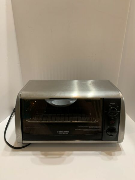 Black and Decker Toaster Oven TRO 505 Pre Owned $125.00