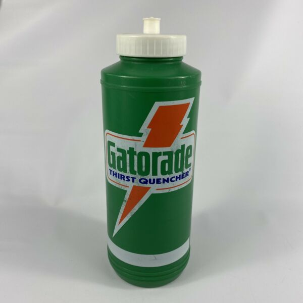 Vintage 32oz Gatorade Thirst Quencher Plastic Squeeze Water Bottle 1985