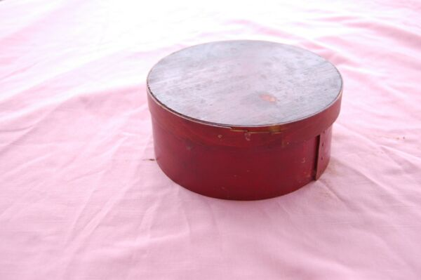 Antique Round WOOD PANTRY BOX with Cover 6 1 2quot; Dia. Red