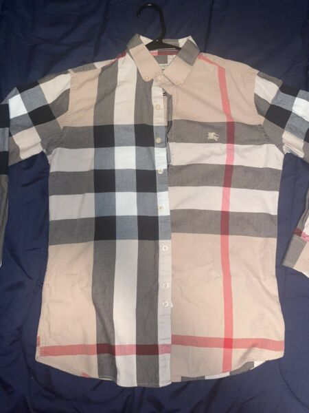 burberry men shirt small $110.00