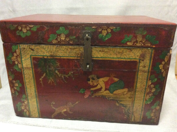 China Superb Large Box Wood With Scenery of Characters 19th Zhongguo