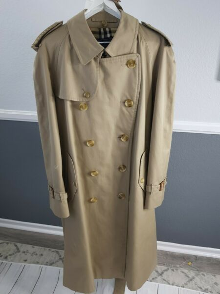 Vintage Burberry Men#x27;s Classic Double Breasted Trench Coat Size 42 Short $135.00