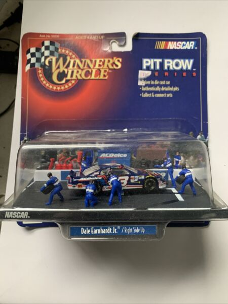 Winners Circle 1:64 Die Cast Pit Row Series Dale Earnhardt Jr Monte Carlo E19
