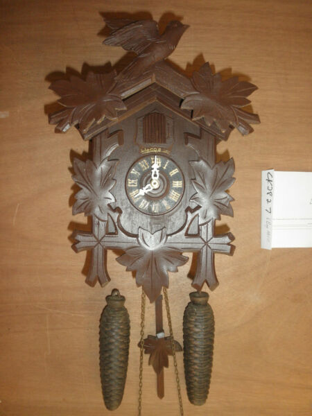 German Black Forest made working Cuckoo Co. 8 Day Cuckoo Clock CK2827