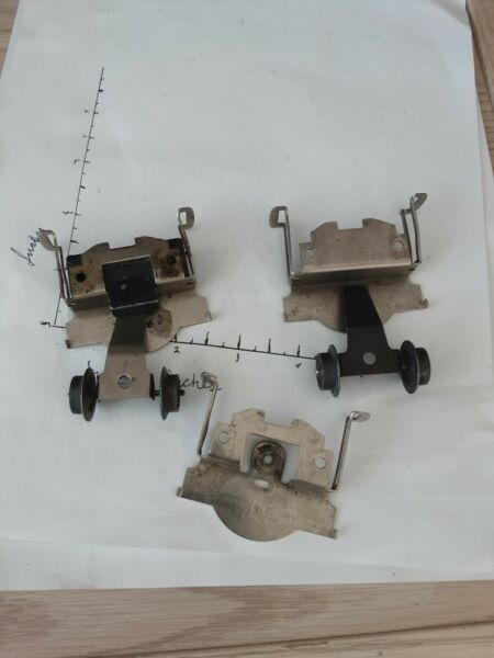 lionel front scout truck 11201130243244245246247248250sold as pictured C $20.00