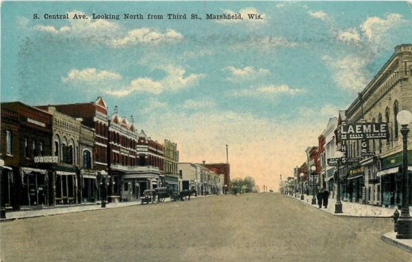 Marsfield Wisconsin~Central Avenue~Laemle: He Sells Clothes~Drugs~1912 Postcard