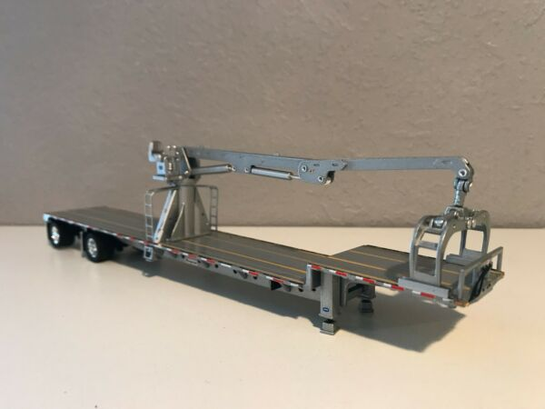 ALL SILVER DCP 1/64 TRANSCRAFT STEPDECK WITH BOOM
