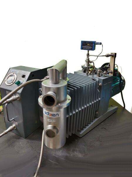 Alcatel Adixen 2063 C2 Pascal Dual Stage Rotary Vane Vacuum Pump with A113 oil