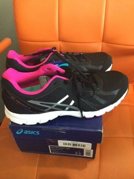 ASICS GEL-Frequency™ 3 BlackSilverPink SKU Q554N-9093 SIZE 9.5 Womens Fitness