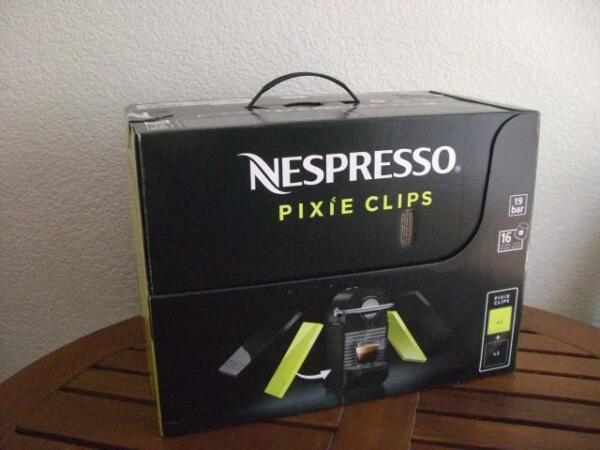 Nespresso Pixie Clips C60 Espresso Machine W Interchangeable panels