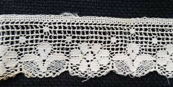 A27 Antique Knit Lace Trim Edging Floral Trims Sewing Doll Clothes Design 14