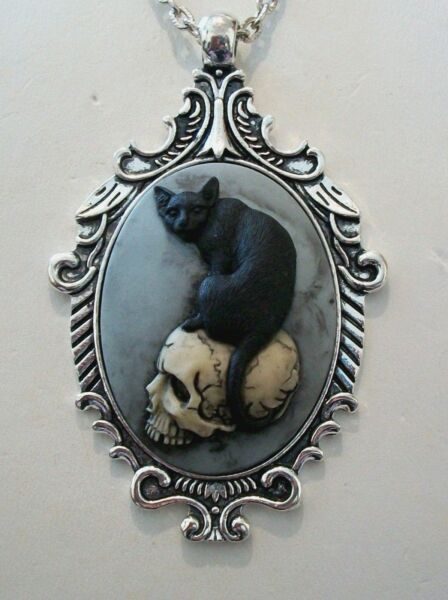 BLACK CAT on SKULL Hand Painted CAMEO SILVER  PENDANT NECKLACE - HALLOWEEN WITCH