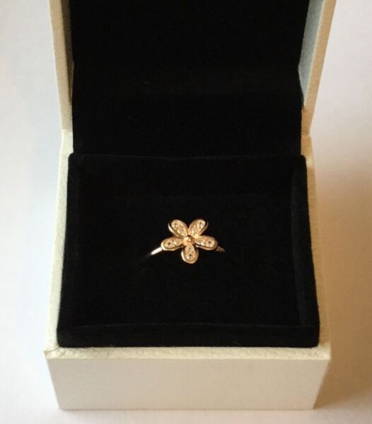Rose Gold Dazzling Daisy stacking ring size 56 in gift box S925