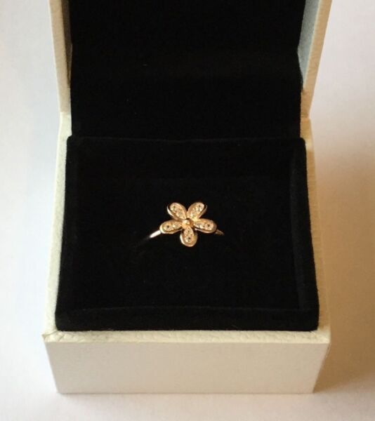 Rose Gold Dazzling Daisy stacking ring size 58 in gift box S925