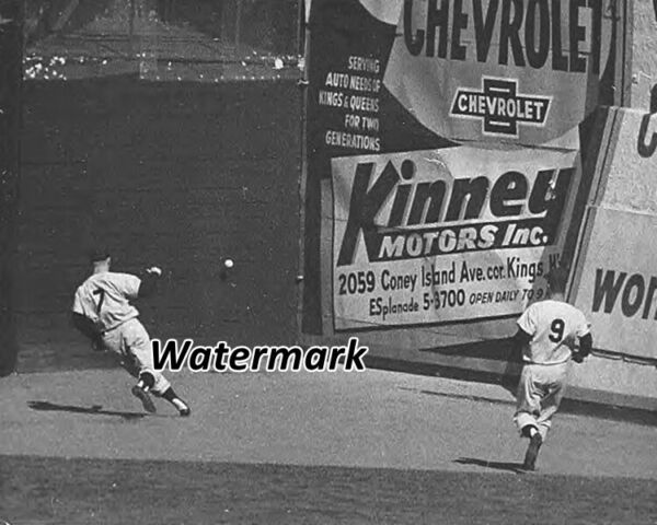 Rare MLB 1956 Mickey Mantle Center Field Polo Ground Game Action 8 X 10 Photo