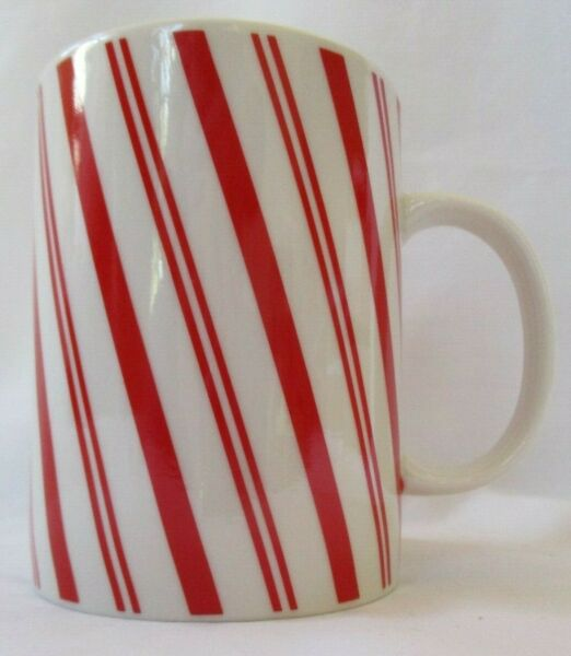 LARGE CRATE amp; BARREL RED AND WHITE STRIPED CANDY CANE CHRISTMAS MUG SET OF 3