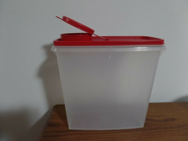 Tupperware Cereal Storer ~ Red Seal ~ NEW