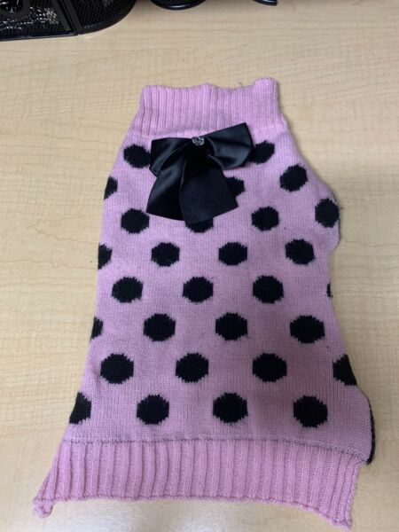 Smoochie Pooch Sweater Size M $6.00