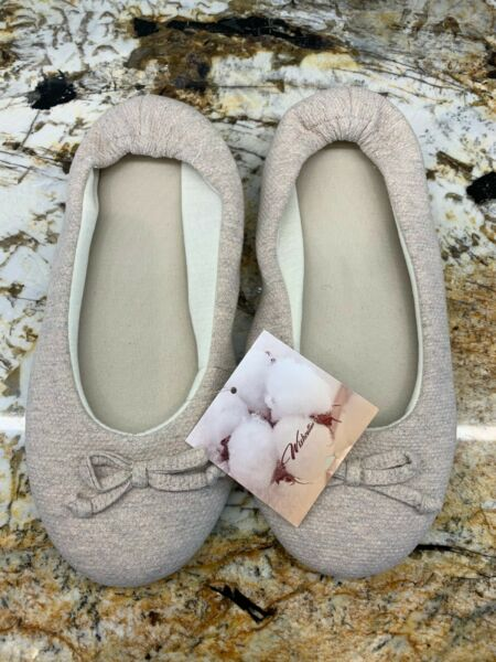 Wishcotton Womens Breathable Memory Foam Slipper Nonslip Size Med Beige - NWT $5.00