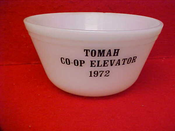 OLD FEDERAL 7quot; ADVERTISING MIXING BOWL quot;TOMAH WIS COOP ELAVATOR 1972quot;