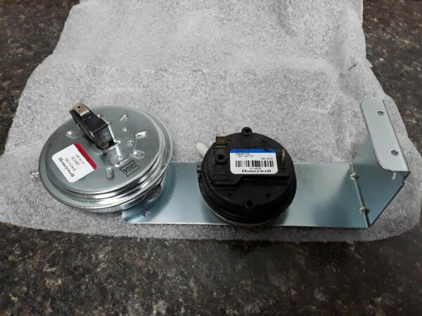 1014828 ICP OEM Furnace Replacement Air Pressure Switch $75.00
