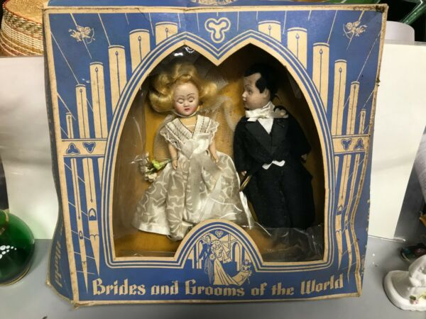 Vtg 2 Dolls~Brides and Grooms of the World original box Fortune Toys 501 America