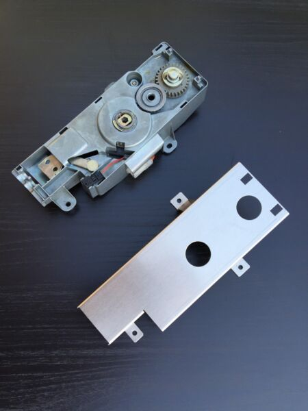 BMW E46 325 328 330 M3 Convertible Top Motor Cover 1999-2006 Patent Pending