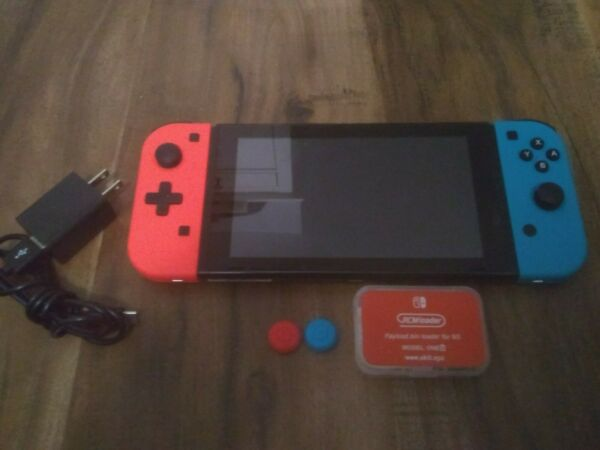 Nintendo Switch V1 32GB Console Unpatched Hackable
