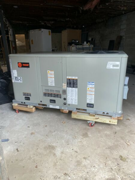 Trane 5 Ton Rooftop Unit Package Unit. Natural Gas Heating $1900.00