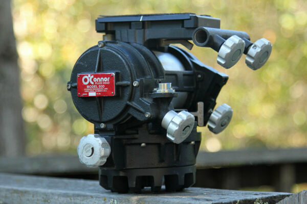 O#x27;Connor Model 50D Fluid Head with both Pan Handles