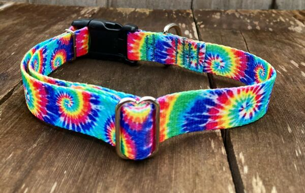 """Extra Large Dog Collar Colorful Tie Dye Swirl Collar XL 18 26"""" Made in USA $9.60"""