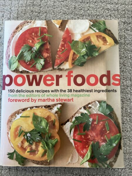 Power Foods: 150 Delicious Recipes with the 38 Healthiest Ingredients by The Edi $4.40