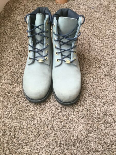 Women Timberland Boots VINTAGE Size 8.5 Light Blue 20399 5740 $35.00