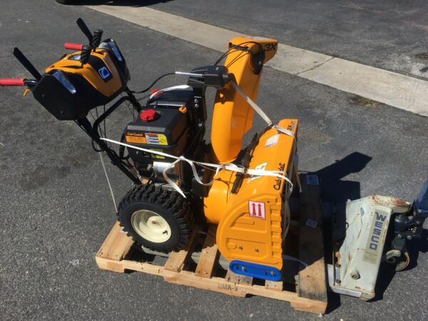 3X26 CUB CADET SNOW THROWER 26quot; 3 STAGE New Other