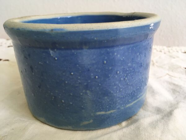 VINTAGE STONEWARE POTTERY BLUE CROCK Small Pot 2.75quot; Tall 4 5 8quot; Top Diameter