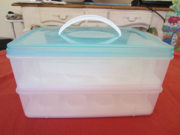 Snapware Cupcake Carrier Double up as a Storage 2 Tier Holds 24 Cupcakes Used