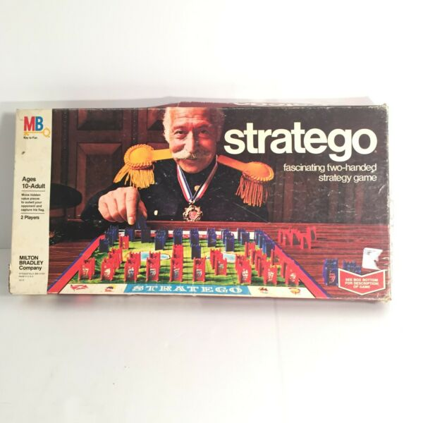 Stratego Vintage Board Game 1977 Complete Milton Bradley made USA strategy EUC
