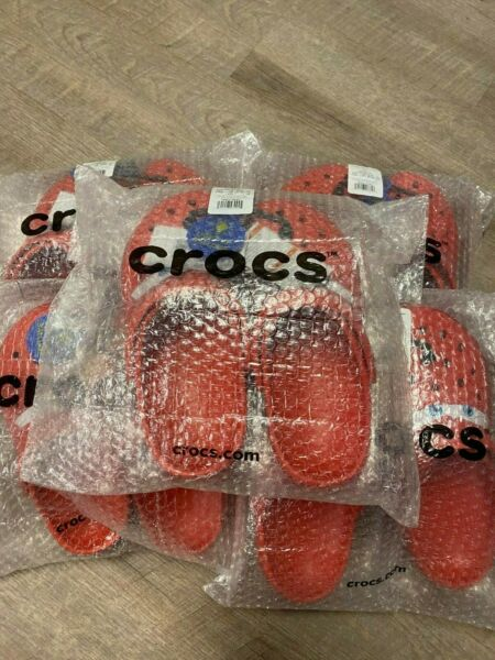 NEW Crocs Lightning McQueen Light Up Clogs Cars Size 4M 13M LIMITED IN HAND